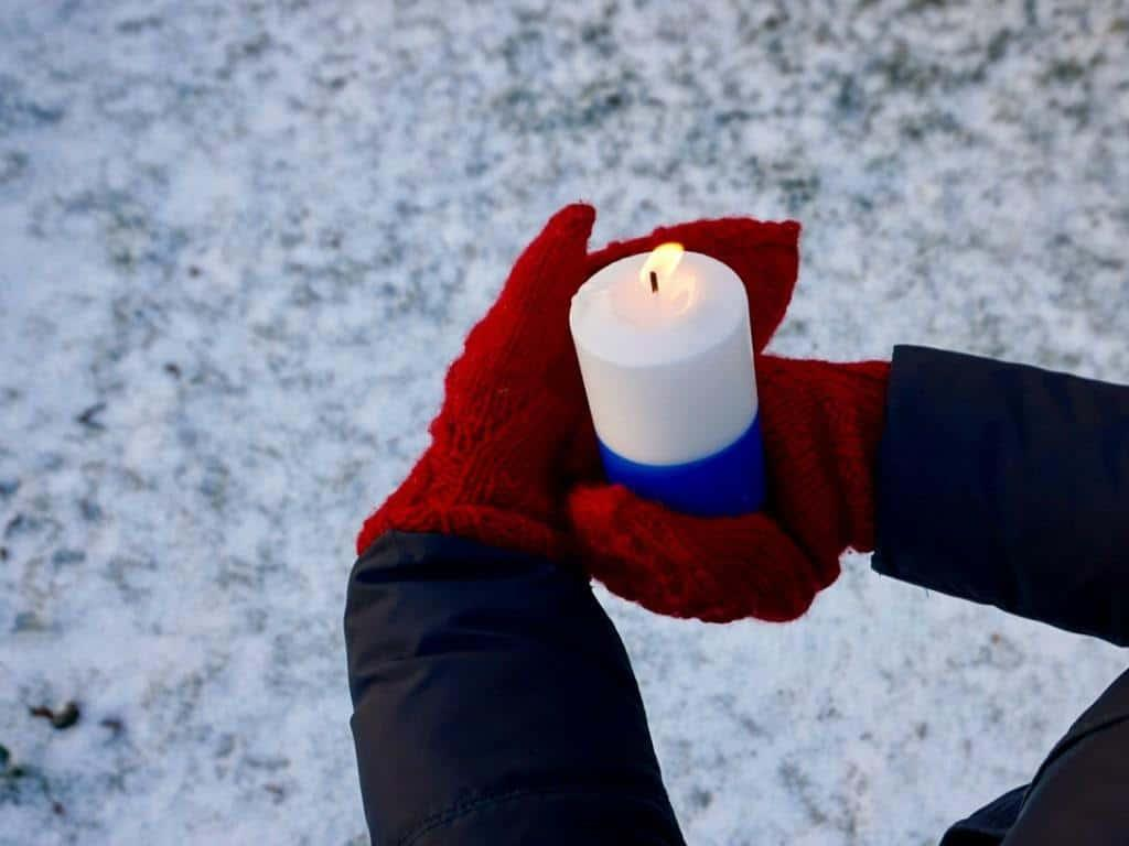 Finnish independence day is celebrated with blue-and-white candles.