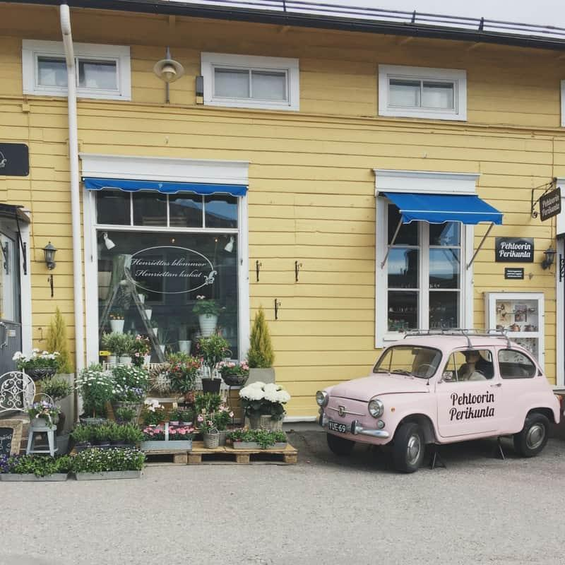 Quick Guide to Porvoo – the Cutest Town in Finland