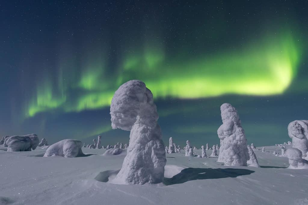 lapland pictures auroras and crown snow by Her Finland blog