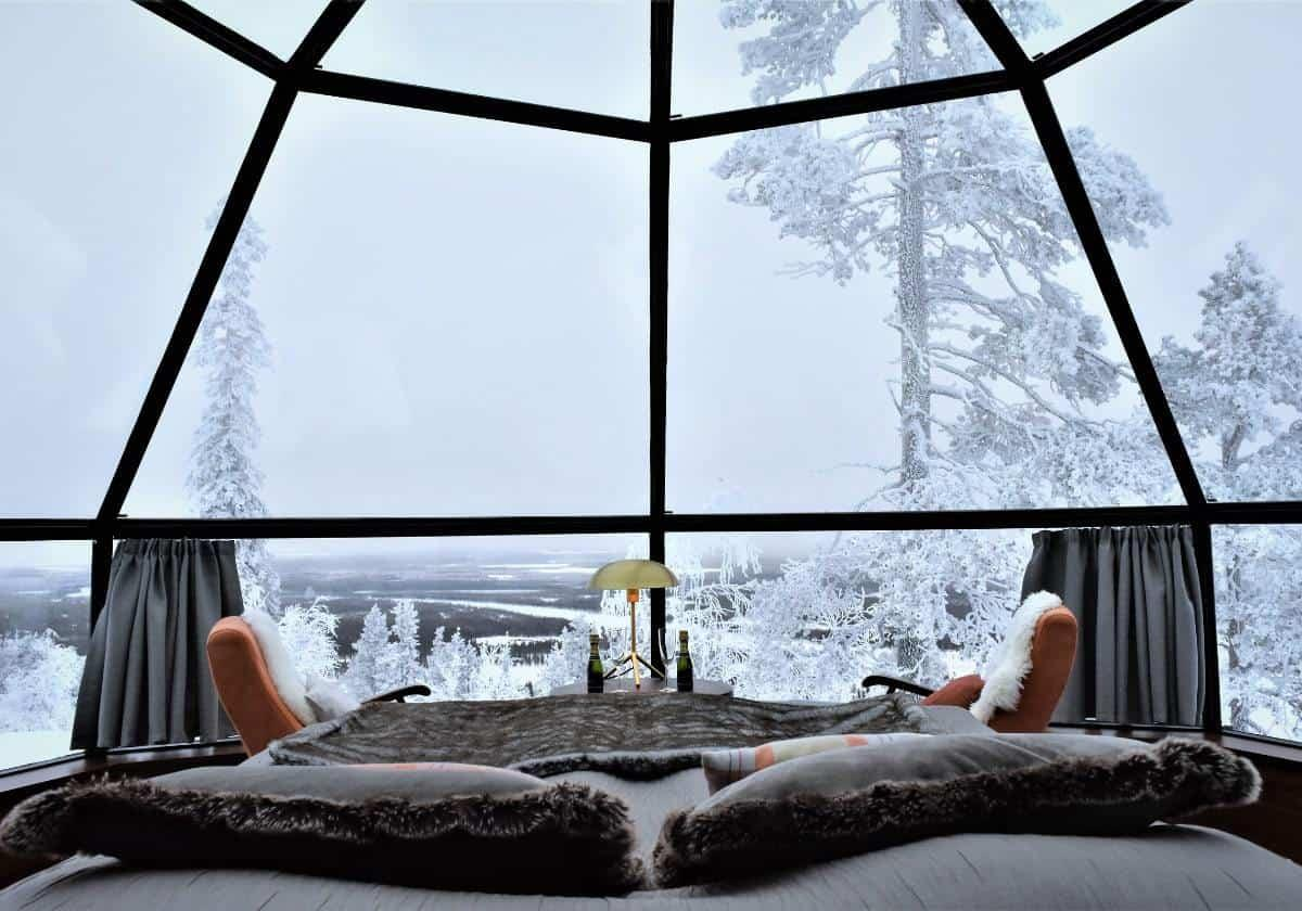 Glass igloos in Finland are a wonderful way to encounter the arctic nature of Lapland!